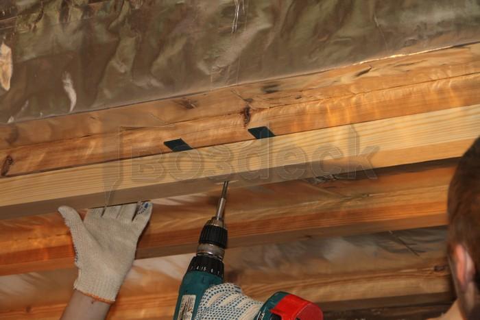 как выровнять потолок под вагонку